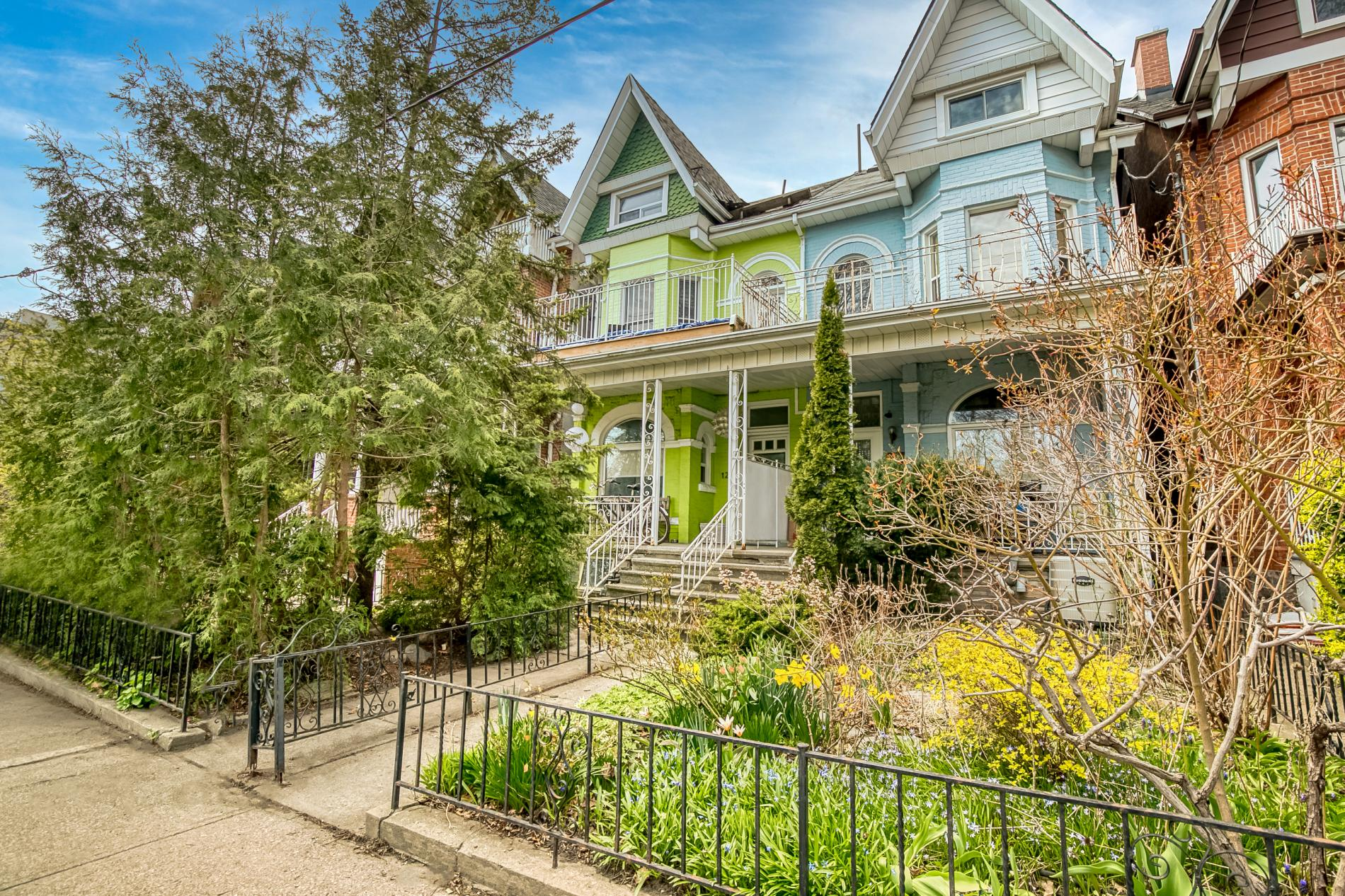 Opening the Door To A New Lifestyle With An Income Property: 122 Crawford St